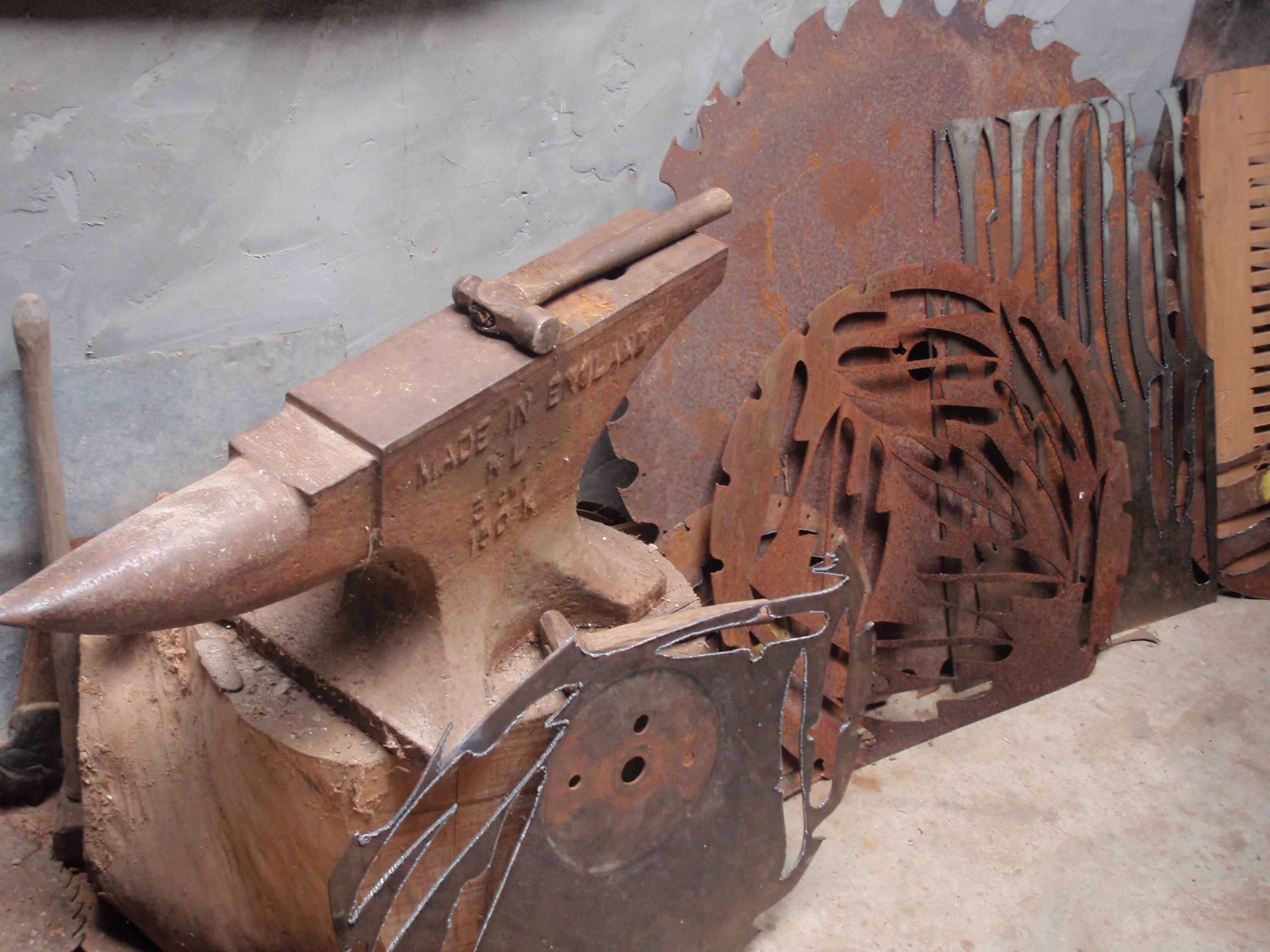 Mill casino saw blade